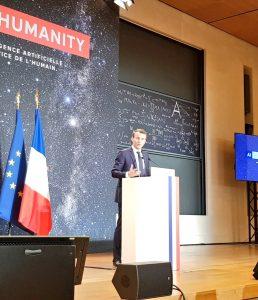 Emmanuel Macron favorable à des logiciels libres «partout où nous pouvons développer ces derniers»